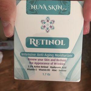 Retinal intensive anti-aging moisturizer